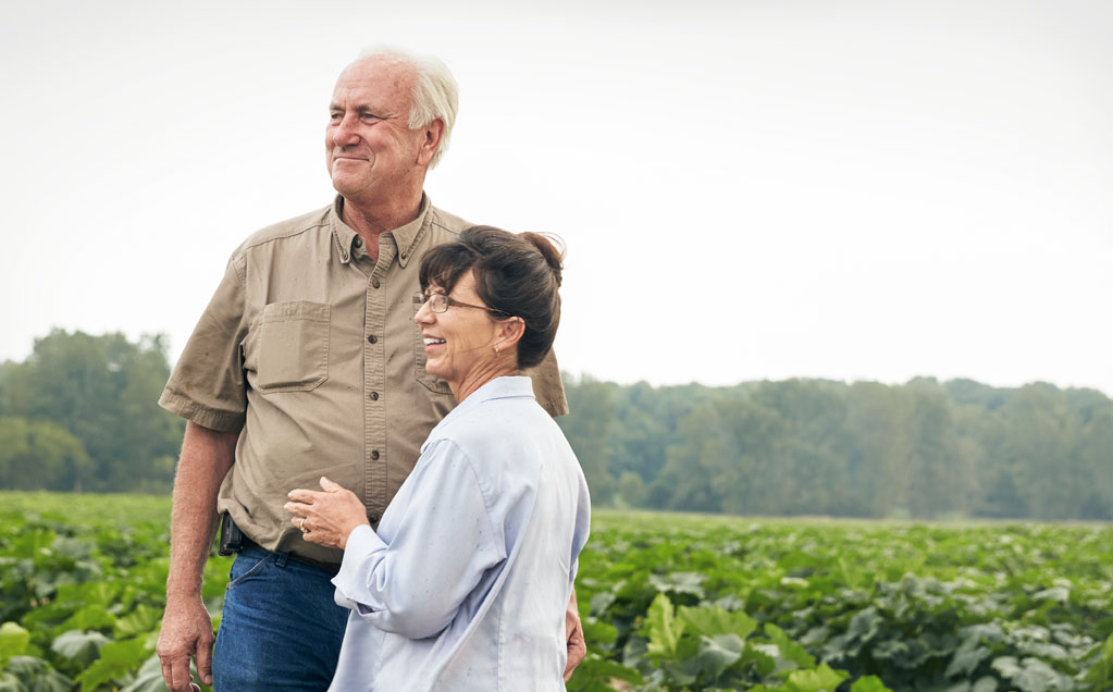 Image of Howell Family Farm growers for Red Gold Tomatoes David and Mary Howell from Middletown Indiana