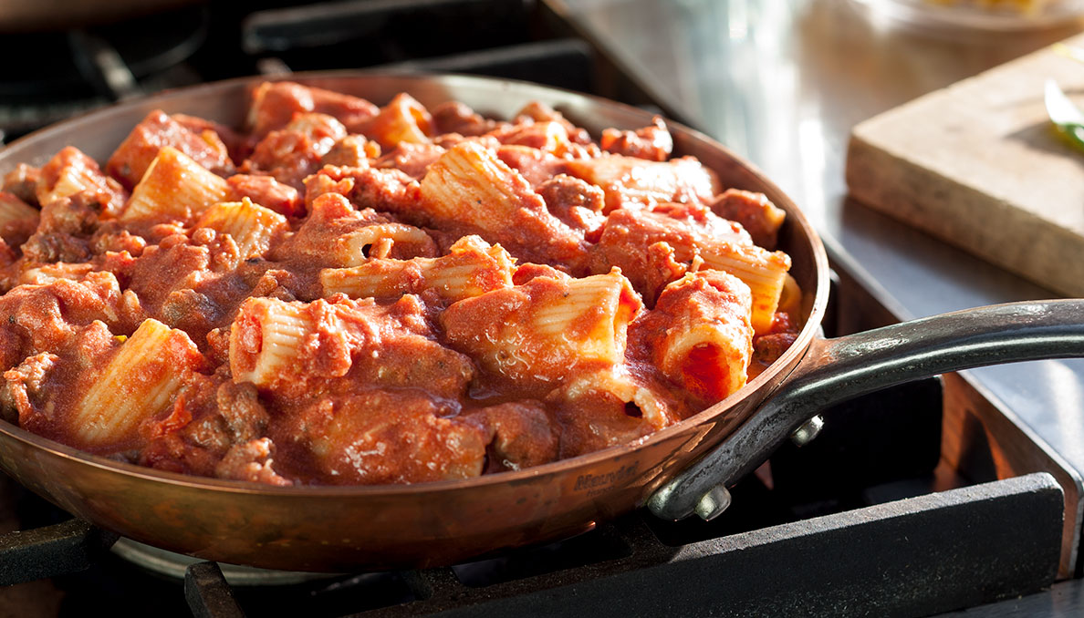 Spicy-Italian-Vodka-Rigatoni_Alt