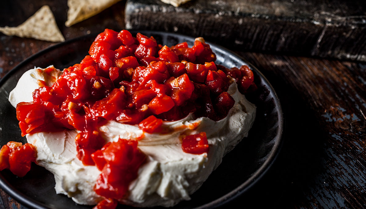 Sriracha Cream Cheese Dip